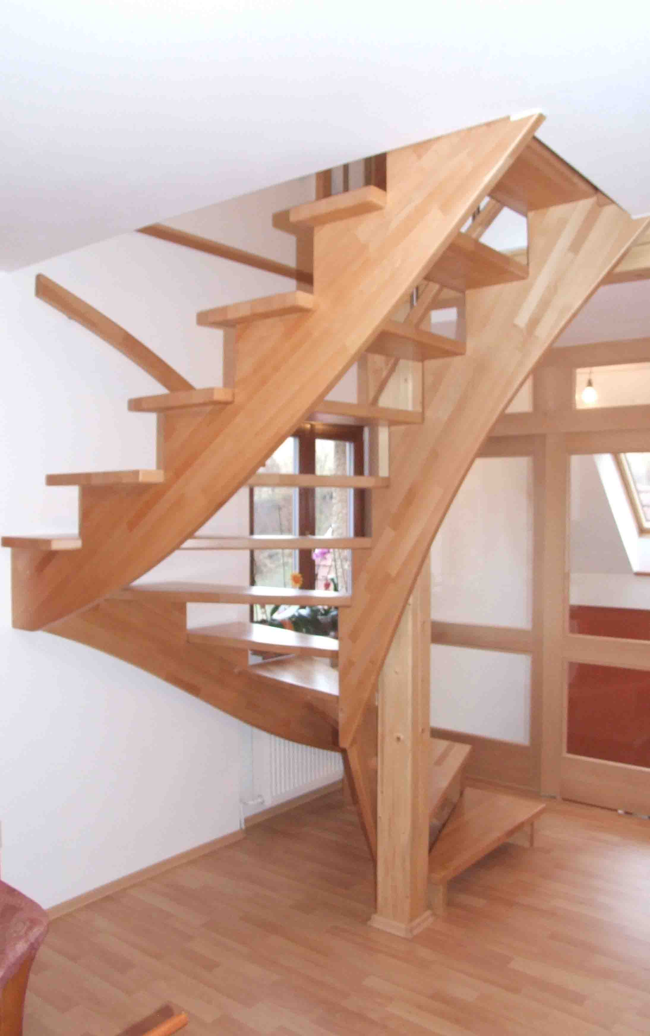 celo drevene schodiste schody valassko